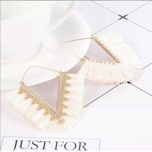 !!NEW!! White & gold tassel earrings!!